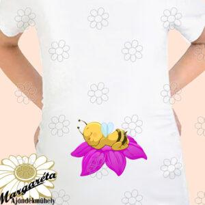 Kismama póló lila virágon méhike