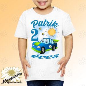 Szülinapos gyerekpóló kék autó