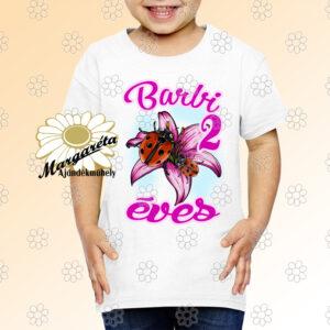 Szülinapos gyerekpóló katica virágon